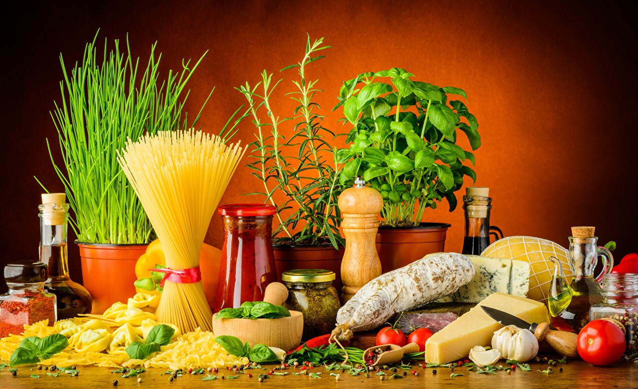 Still-life_Sausage_Cheese_Spices_Garlic_Pasta_517169_1280x781